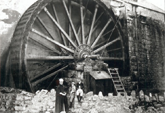 The great wheel at Felin Fawr, Marion Mills, near Dyserth and Trelawnyd possibly c1905